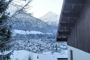 Blick am Haus vorbei Richtung Oberstdorf